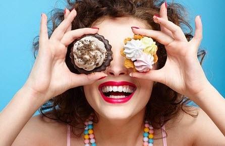 Употребление сладкого вредит коже