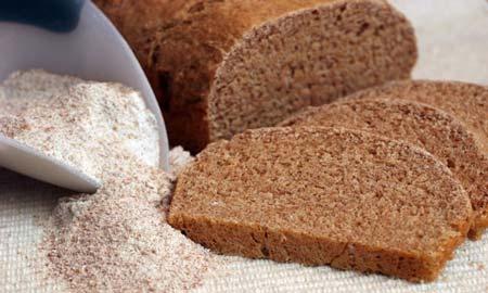 избавиться с помощью черного хлеба